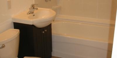 4-dave-bathroom-ii