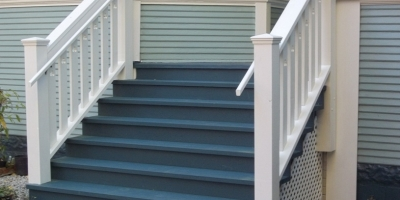 martha-porch-stairway
